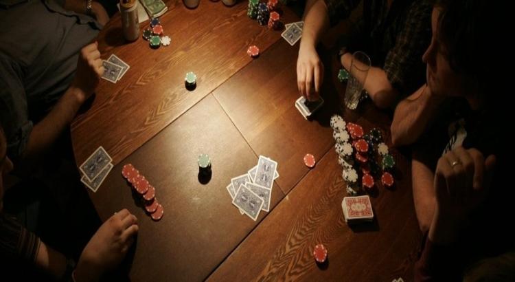 покерный турнир дома