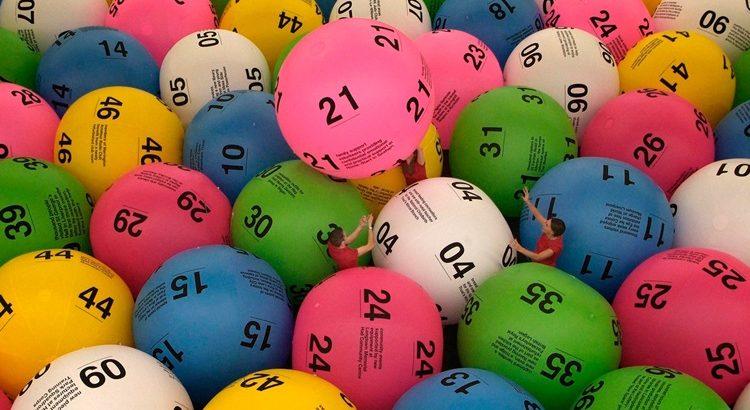 Как выигрывать в лотерею