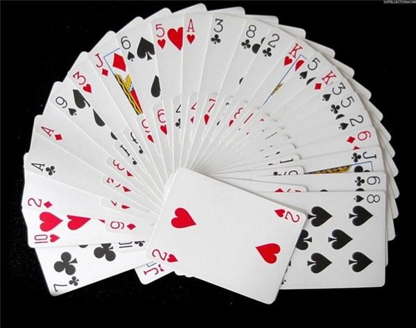 как выбрать игральные карты