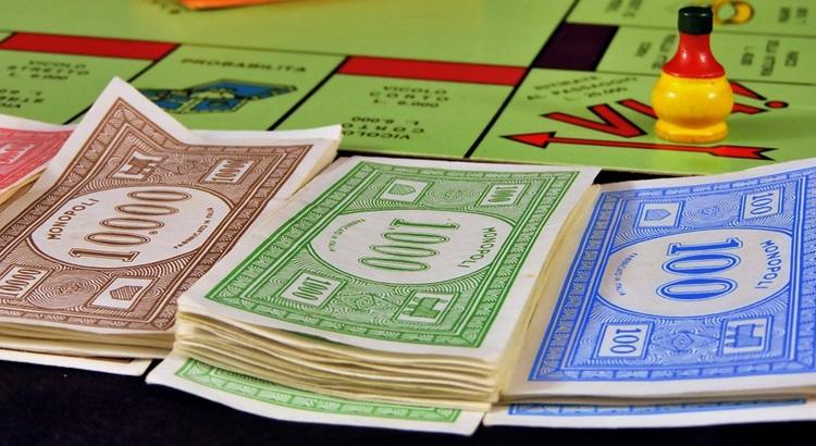 Монополия деньги
