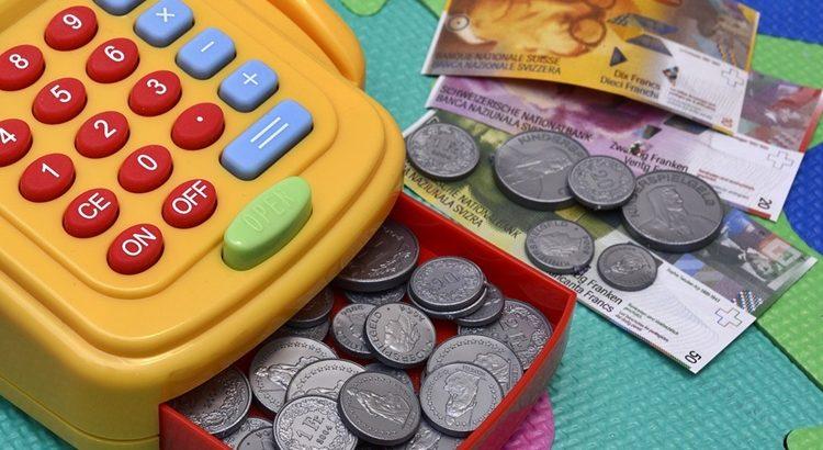 Как печатать игрушечные деньги на принтере